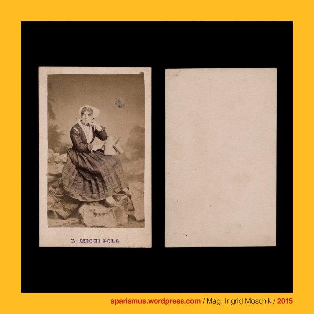 L. Mioni, Luigi Mioni (aktiv 1862 – 1902 als Photograph in Pula – Pola und Triest – Trieste), Milchmädchen Milchmaid Milchmagd Milchverkäuferin,  Schiffskanone auf Lafette, S.M.S. Custoza = SMS CUSTOZA (1869-1874 in Triest gebaut – 1920 verschrottet), S.M.S. CUSTOZA = SMS CUSTOZZA, S.M.S. Custoza – Panzerschiff - Kasemattenschiff, S.M.S. Custoza - Seekadetenschiff , S.M.S. Custoza – Quartierschiff, Oliveninsel = Oliven-Insel = Scoglio Olivi, Oliveninsel-Brücke, k.k. Seearsenal Pola (1856-58 bis 1918), k.u.k. Kriegsmarine, scoglio = scoclus = scoplus = scopulus = skopleos = lookout place = headland, scoglio = projecting rock = cliff in the sea = promontory = difficulty = risk = bug, Pula, Pola, Pulj, Pola Pollentia, Colonia Pietas Iulia Pola Pollentia Herculanea, Triest, Trieste, Trst, Istrien, Istra, Istria, Eistria, Histria, Kroatien, Hrvatska, Rathaus auf dem Forum in Pola (1296 bis heute), Tempel der Diana in Pola, Pula – Forum, Tempel des Augustus und der Roma auf dem Forum in Pola (2 BC – 14 AD – today), Temple of Augustus in Pula, Temple of Pola in Istria, Augustov hram  - Pulj forum, Marinecasino = Casino di Marina (1872 - heute), Marine-Casino (1872  - heute), Marine-Offizierscasino in Pola, Werft, shipyard, dockyard, wharf, Segeldampfschiff, Dampfsegler, Segeldampfer, sailing steamer, sailing steamboat, Porta Aurea der Via flavia (27 BC – 1829 AD), Porta Aurea = Goldene Pforte in Pola, Sergierbogen (27 v. Chr. - heute), Arcus Sergii, Arco dei Sergi, Slavoluk Sergijevaca, Arch of the Sergii (27 BC - today), Via Flavia, k.u.k. Monarchie, k.u.k. Marine, The Austrian Federal Chancellery, Bundeskanzleramt Österreich, BKA, Ballhausplatz 2, Sparismus, Sparen ist muss,  Sparism, sparing is must Art goes politics, Zensurismus, Zensur muss sein, Censorship is must, Mag. Ingrid Moschik, Mündelkünstlerin, Staatsmündelkünstlerin