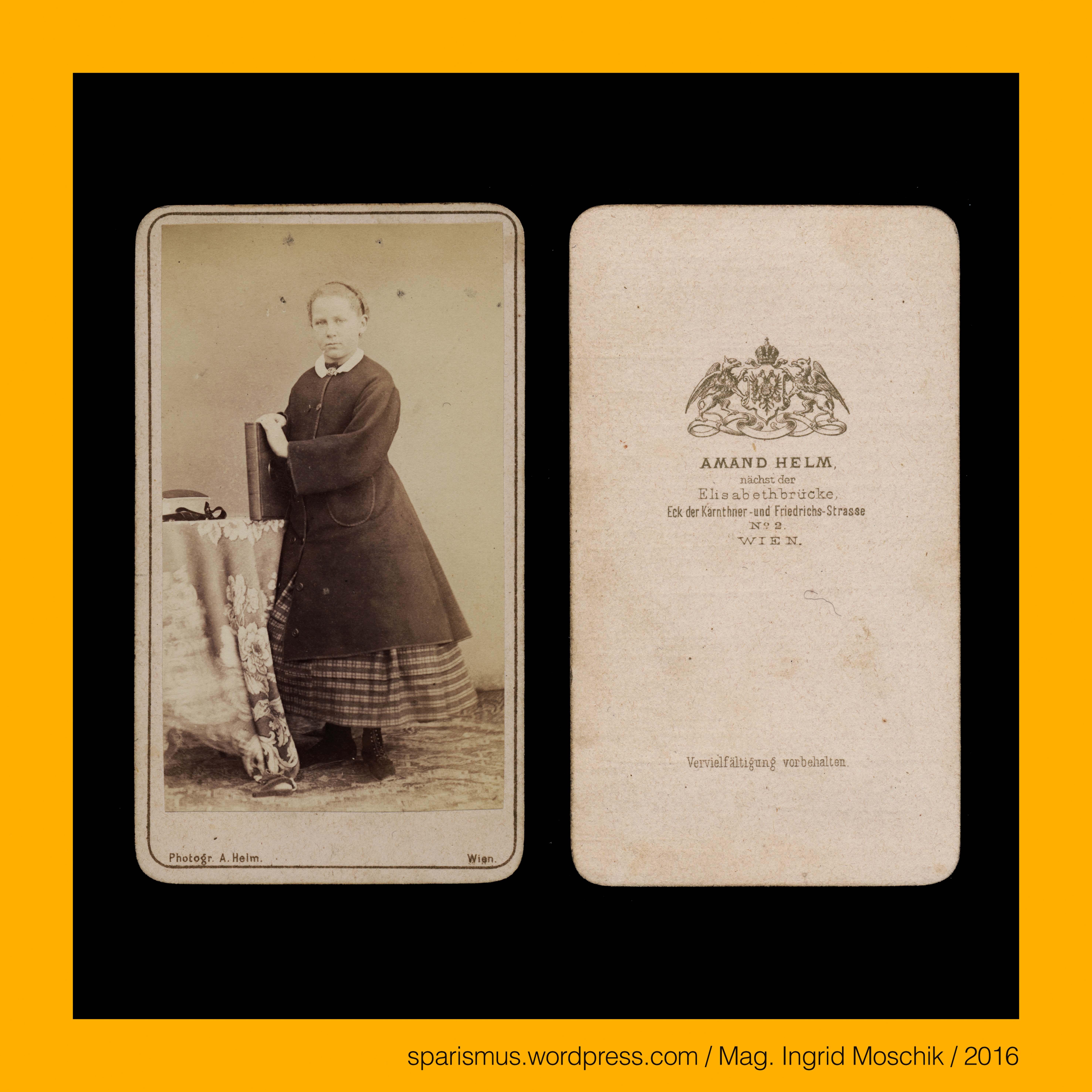 Amand Helm, Fotograf in #Wien, cdv, um 1870, stehendes Mädchen an ...