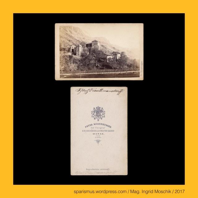"""Moosbrugger, P. Moosbrugger, Ptr. Moosbrugger, Peter Moosbrugger (1831-1883 Meran) – Südtiroler (Wander-)Fotograf in Meran der 1850-70er, August Moosbrugger – Südtiroler (Wander-)Fotograf in Meran der 1850-70er, Gebrüder Moosbrugger - Südtiroler (Wander-)Fotografen der 1850-70er, Meran = Merano -  Schloss Trauttmannsdorff = Castel Trauttmanndorff, Meran = Merano -  Schloss Trauttmannsdorff (13. Jahrhundert bis heute) – Burg Neuberg (13. Jahrhundert) – Burg Trauttmannsdorff (1543), Meran = Merano – """"Gärten von Schloss Trauttmannsdorff"""" (1990 bis heute), Trauttmannsdorff = Trautmannsdorf - """"Dorf des Trutman = trauter treuer Mann = Gefolgsmann der Babenberger"""" (um 1000 bis heute), #Meran, #Merano, Meran = Merano -  Obermais = Maia Alta – seit 1923 eingemeindeter Ortsteil östlich der Passer, Meran = Merano - Untermais = Maia Bassa – seit 1923 eingemeindeter Ortsteil südlich der Passer, Meran = Merano – Mais - Statio Maiensis - römische Zollstation an der Passer-Etsch-Mündung, Etsch = Adige = Adesc = Ades = Adisch = Adexe = Athesis – keltisch *at-iks """"schnell fliessendes Wasser"""", Meran = Merano – Burgruine Ortenstein = Rovina Ortenstein – Pulverturm (13. Jahrhundert bis heute), Meran = Merano = spätlat. Mairania = lat. Maran(um) – zweitgrösste Stadt in Südtirol (857 bis heute), Meran = Merano = spätlat. Mairania = lat. Marianum – Etymology 1 – lat. Marius + -anum """"place belonging to Marius family, Meran = Merano = spätlat. Mairania = lat. Marianum – Etymology 2 – pre-lat. marra """"heap of stones"""", Meran = Merano = spätlat. Mairania = lat. Marianum – Etymology 3 – pre-lat. mara """"stream"""", Passeiertal = Passeier = Passiria = Val Passiria – Gebirgstal in Südtirol nördlich von Meran, Passer = Passirio – knapp 43 Kilometer langer Fluss in Südtirol vom Timmelsjoch bis Meran (Einmündung in die Etsch), Passeier = Passeyer = Parseyer = Parseyr – Etymologie 1 – rätoromanisch pra de sura = prasura """"obere Wiese"""" – prater + supra, Meran = Merano - Steinerner Steg = Ponte di Pietra (1617"""