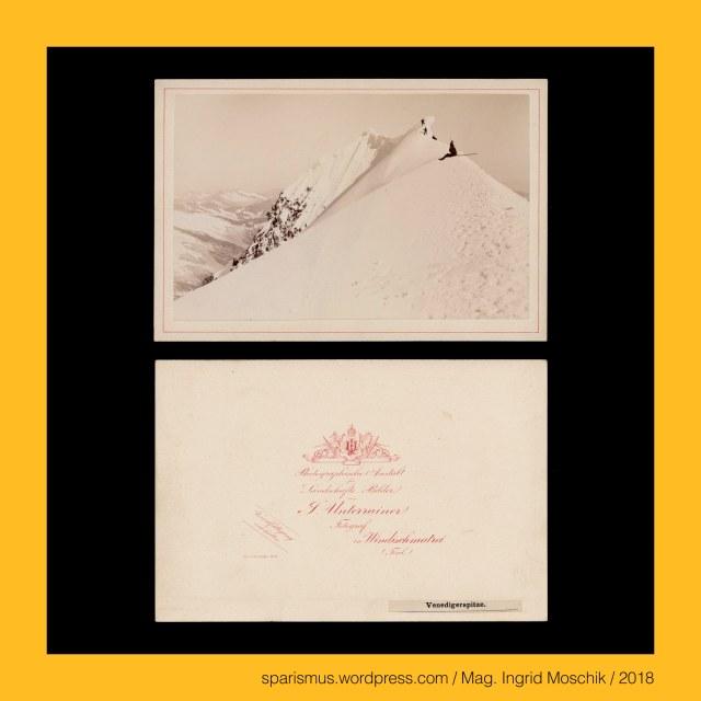 """Johann Unterrainer, Johann Unterrainer – Windischmatrei, Johann Unterrainer – Lienz, Johann Unterrainer (1848 Matrei – 1912 Lienz) – österreichischer Fotograf in Windischmatrei und Lienz, Johann Unterrainer (1848 Matrei – 1912 Lienz) – Fotograf in Windischmatrei (1872-1896) und Lienz (1896-1912), Osttirol – Venedigergruppe – Prager Hütte, Osttirol – Venedigergruppe – Prager Hütte (1872 bis heute), Osttirol – Venedigergruppe – Alte Prager Hütte (1872 bis 1876), Osttirol – Venedigergruppe – Neue Prager Hütte (1877 bis heute), Osttirol – Venedigergruppe – Grossvenediger, Osttirol – Venedigergruppe – Grossvenediger – stark vergletscherter Gipfel mit einer Höhe von 3657 m ü.A., Osttirol – Venedigergruppe – Grossvenediger (1797 bis heute) – Etymologie 1 """"von den Venedigern benutzter Gebirgspass"""", Osttirol – Venedigergruppe – Schlatenkees – in Osttirol liegender circa 6 km langer Talgletscher, Osttirol – Venedigergruppe – Schlatenkees – Etymologie 1 """"in einer Schlucht verlaufender Gletscher"""", Osttirol – Venedigergruppe – Schlatenkees – Etymologie 1 PG *slad- *slado """"valley Tal Niederung Schlucht"""" + PG *ges- *gesto """"gefroren eisig hart fest rauh"""", Osttirol – Venedigergruppe – Defreggerhaus = Defreggerhütte (1887 bis heute), Osttirol – Venedigergruppe – Defreggerhaus – Schutzhütte auf 2965 m ü.A.  , Franz Ritter von Defregger (1835 Ederhof bei Stronach in Osttirol – 1921 München) – österreichisch-bayerischer Genre- und Historienmaler der Münchner Schule, Osttirol – Venedigergruppe – Gschlößbach, Osttirol – Venedigergruppe – Gschlößtal = Gschlöss, Osttirol – Venedigergruppe – Aussergschlöß, Osttirol – Venedigergruppe – Innergschlöß, Osttirol – Venedigergruppe – Gschlöß = Gschlöss – Etymologie 1 slowenisch zelezo """"Eisen"""" – """"Ort mit Eisenvorkommen"""", Osttirol – Venedigergruppe – Gschlöß = Gschlöss – Etymologie 2 deutsch Schloss """"Landhaus"""" – """"Flur mit Landhaus oder Sennhüttendörfchen"""", Austrian political ward artist, Mag. Ingrid Moschik – Spurensicherung """"IM NAMEN DER REPUBLIK"""", """