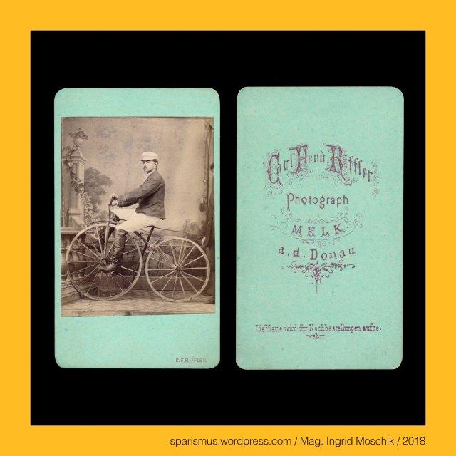 """Carl Ferdinand Riffler - """"Carl Ferd. Riffler – Photograph – MELK an der Donau - Die Platte wird für Nachbestellungen aufbewahrt"""" (um 1870), Carl Ferdinand Riffler – Fotograf in Melk an der Donau in den 1860-70ern, Pierre Michaux (1813 Bar-le-Duc – 1883 Paris) – Wagenbauer und Erfinder des Tretkurbel-Fahrrads (Velocipede), Niederösterreich – die Melk – circa 36 km langer rechter Nebenfluss der Donau, Niederösterreich – Melk - circa 4400 Einwohner zählende Stadt am rechten Ufer der Donau, Niederösterreich – Stift Melk (20. Jahrhundert) = Stift Mölk (19. Jahrhundert), Niederösterreich – Stift Melk = Stift Mölk – Benediktinerstift (1089 bis heute), Niederösterreich – Melk – """"Ort an der Melk"""" – Etymologie 1 ahd. Medilich (1177) – slaw. Medilica """"Grenzfluss"""" (9th) zwischen Magyaren unb Bajuwaren, Mag. Ingrid Moschik – Spurensicherung """"IM NAMEN DER REPUBLIK"""", Dr. Timm Starl (*1939 Wien - ) - österreichischer Kulturwissenschaftler Fotohistoriker Ausstellungskurator FOTOGESCHICHTE-Gründer"""