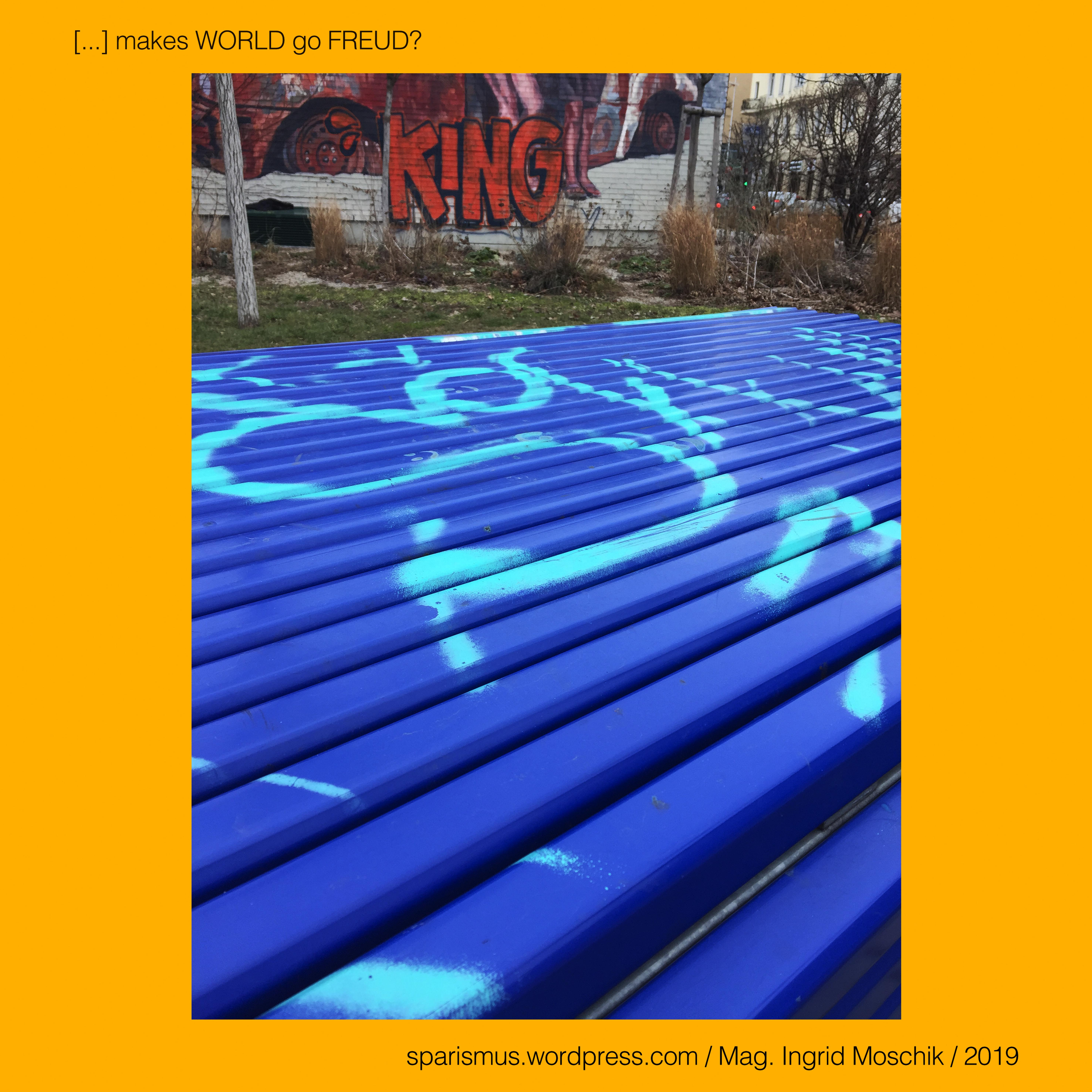 834e682dba39f KING makes  WORLD go  FREUD –  black  tag on  gray  KVz  SAI ...
